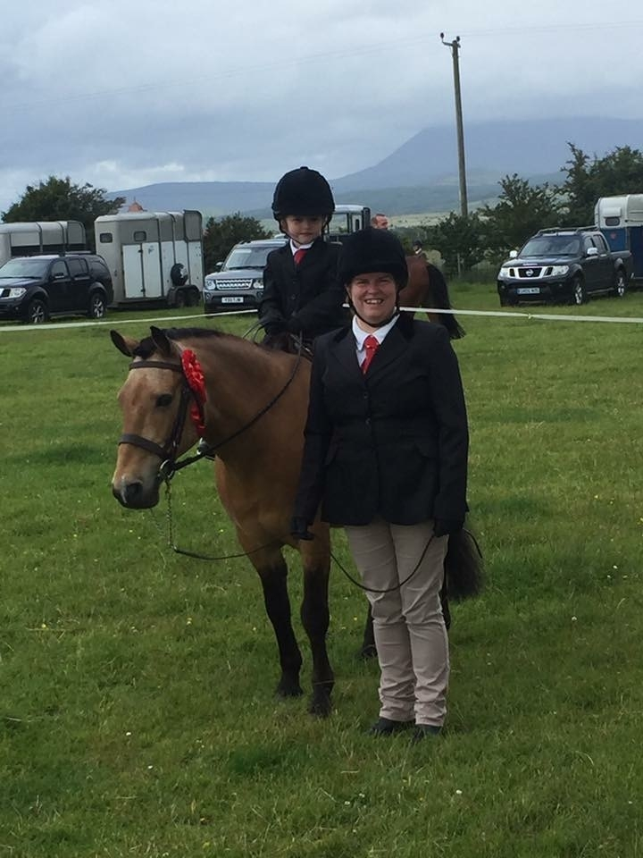 Alison Henderson with daughter Lisa on Teddy.