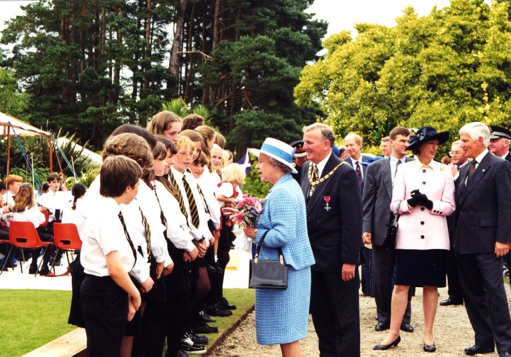 The Arran High School Choir and pupils welcome The Queen.