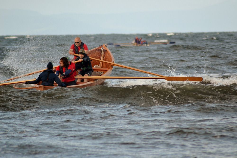 As the day progressed sea conditions deteriorated for the rowers