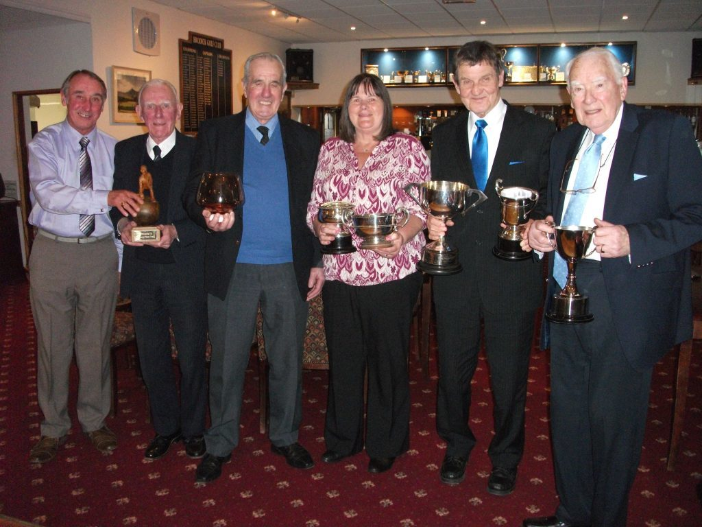 FEBRUARY - Trophy winners for the 2016 season received their prizes at the annual dinner and prizegiving by Brodick Bowling Club. NO_B52sport03