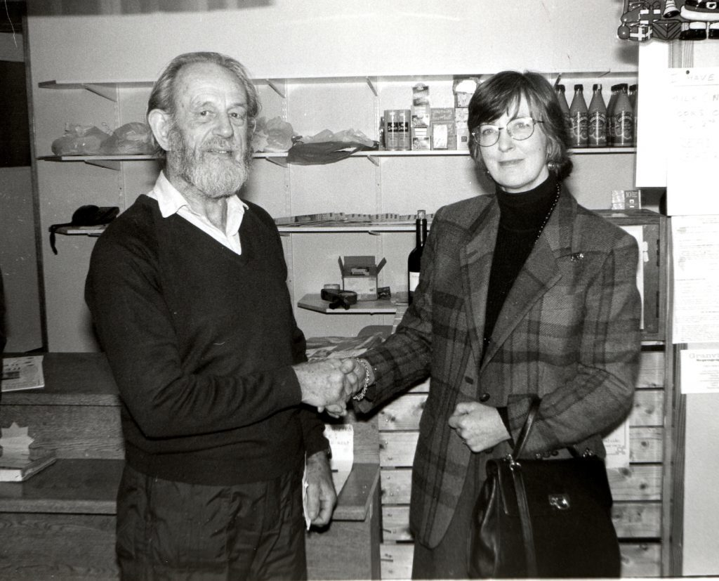 Lavinia Gibbs of Dougarie Estate welcomes new Pirnmill village shop owner Mike Patterson.