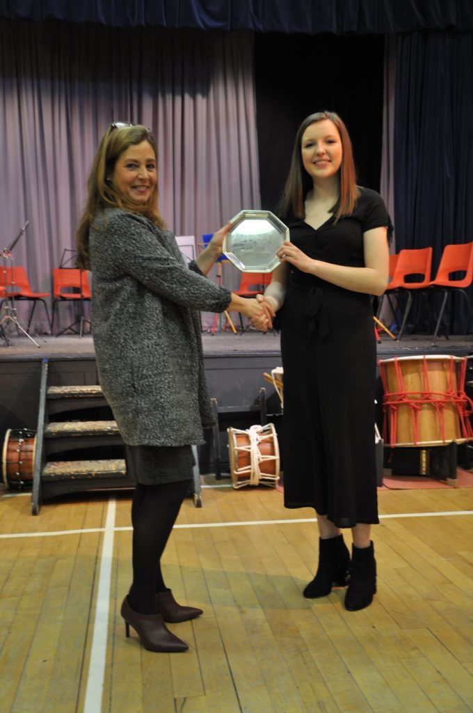 Adjudicator Lesley Wilson congratulates Lucy Walsh on winning the Rannoch Plate for an impressive flute performance in the instrument solo category