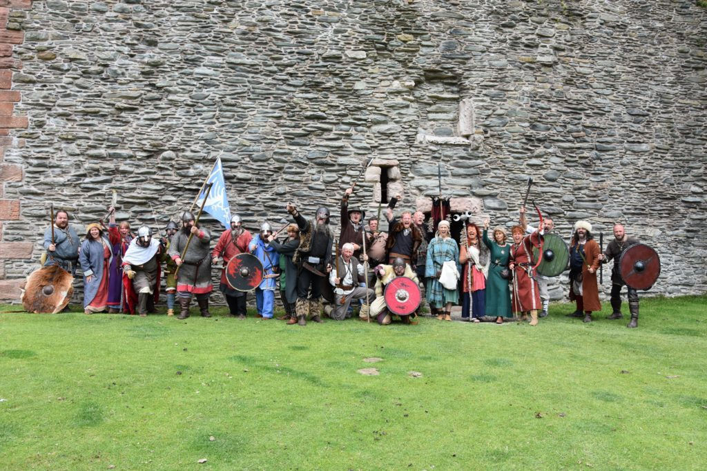 Arran Viking Society, Glasgow Vikings and Swords of Dalriada join forces at the Lochranza Castle.