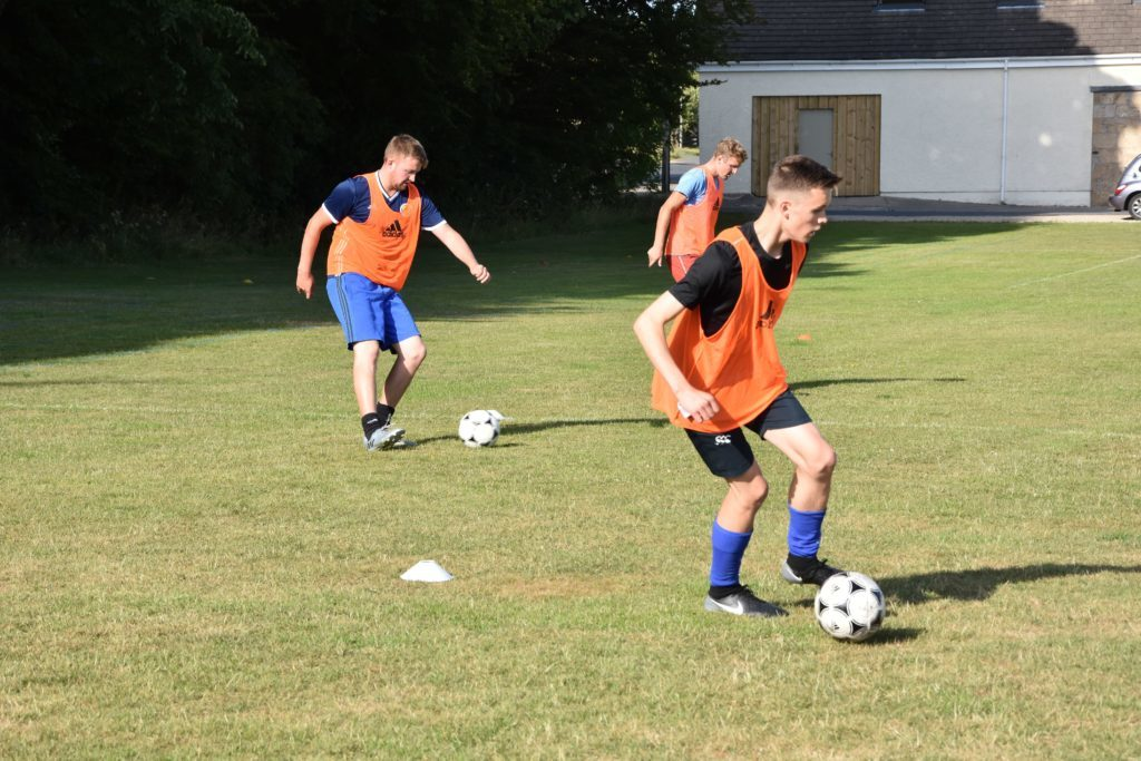 Ross Dobson and Danny Head mirror each others actions during a training excercise.