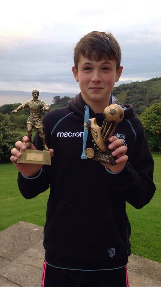 A delighted Gregor Crichton received the runner-up player of the year and the under 18s golden boot with eight goals.