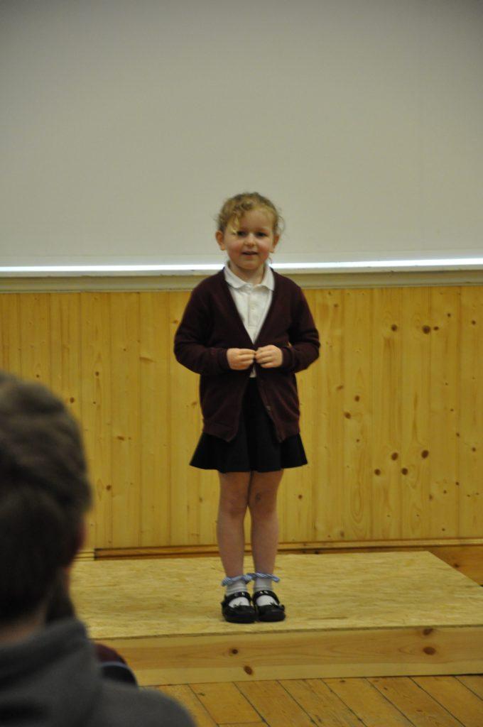 Eva Robinson recites Twa Leggit Mice.