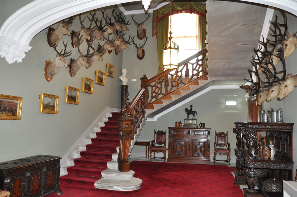 The grand entrance hall remains unchanged.