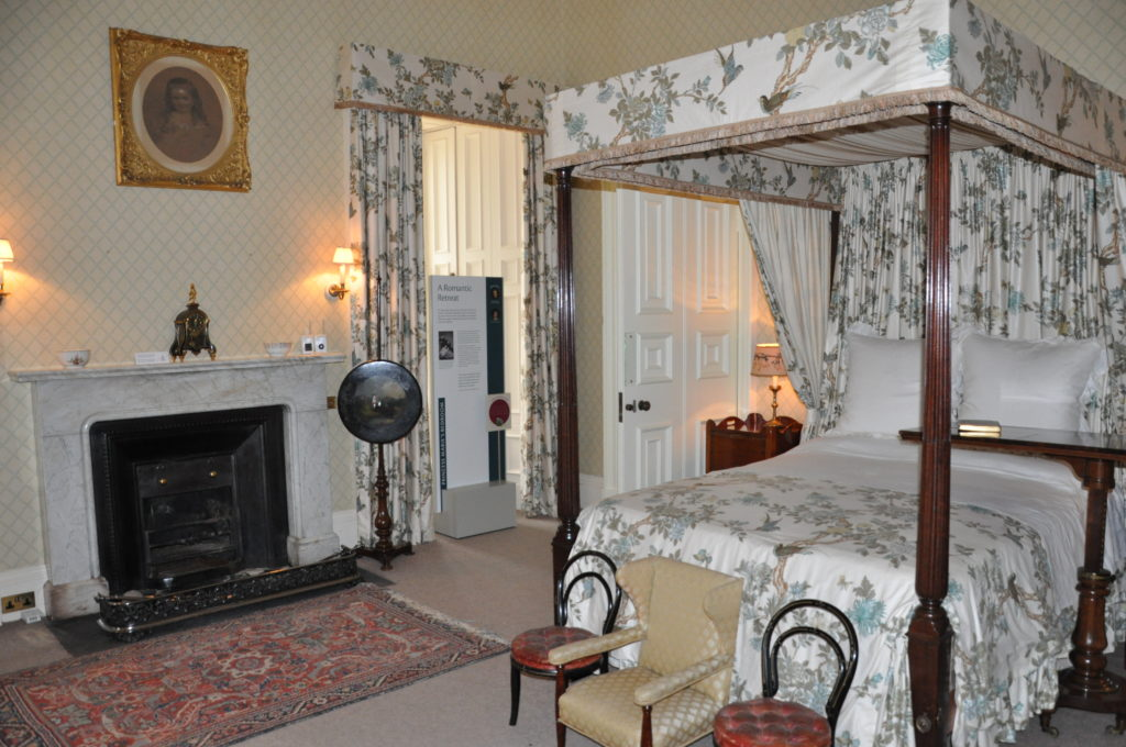 The bedroom of the Duchesses of Hamilton.