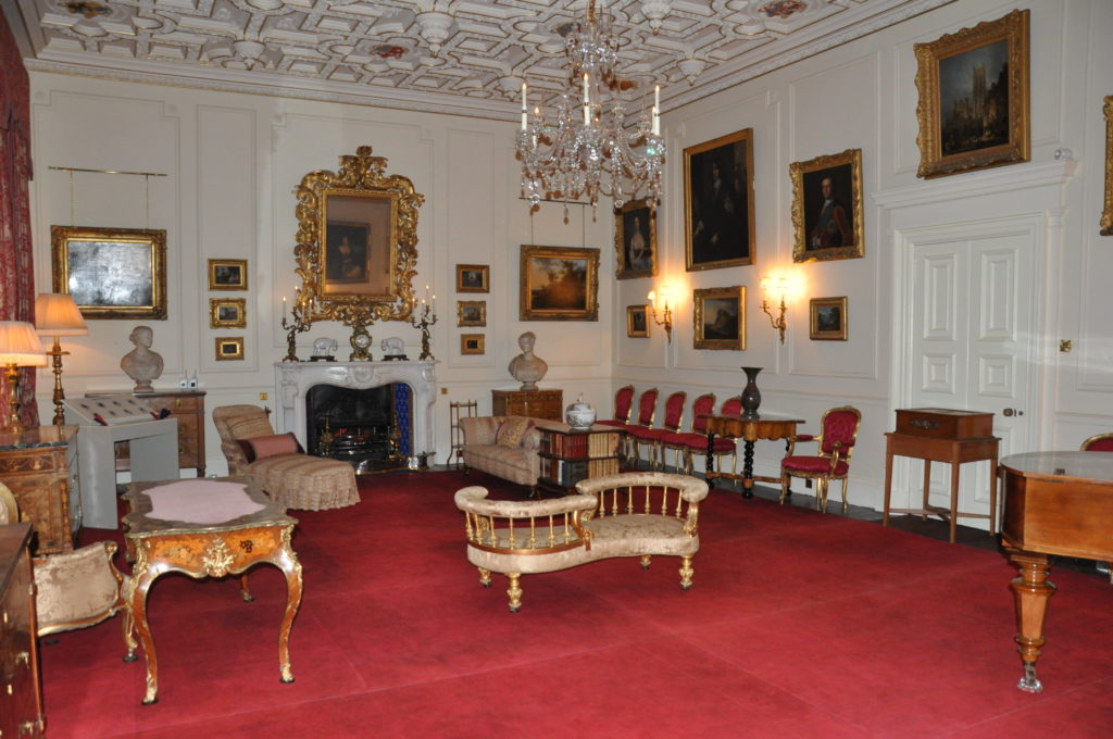 The impressive drawing room.