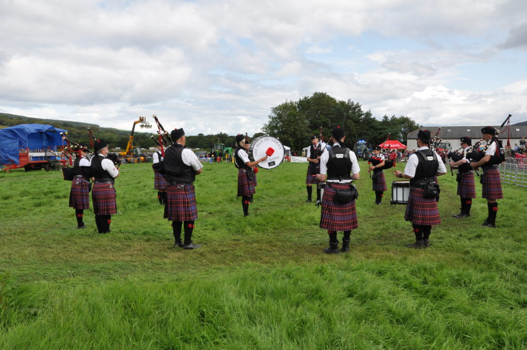 The Arran Pipe Band perform to a big crowd.