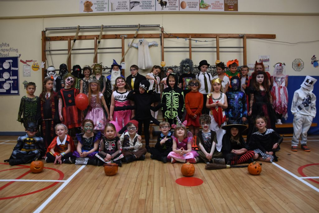 Brodick Primary pupils prepare for some Hallowe'en games.