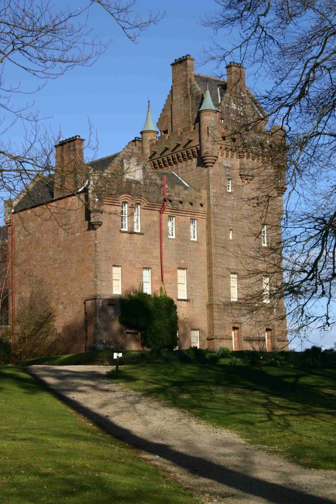 Gardening apprentice post at Brodick Castle