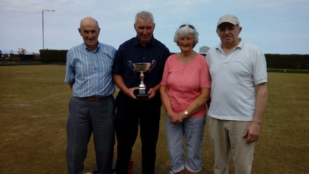Whiting Bay bowls trio lift memorial trophy