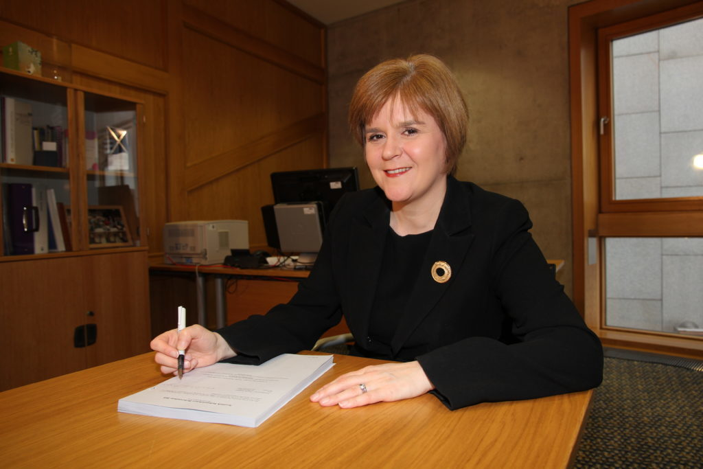 First Minister brings Scots cabinet to Arran