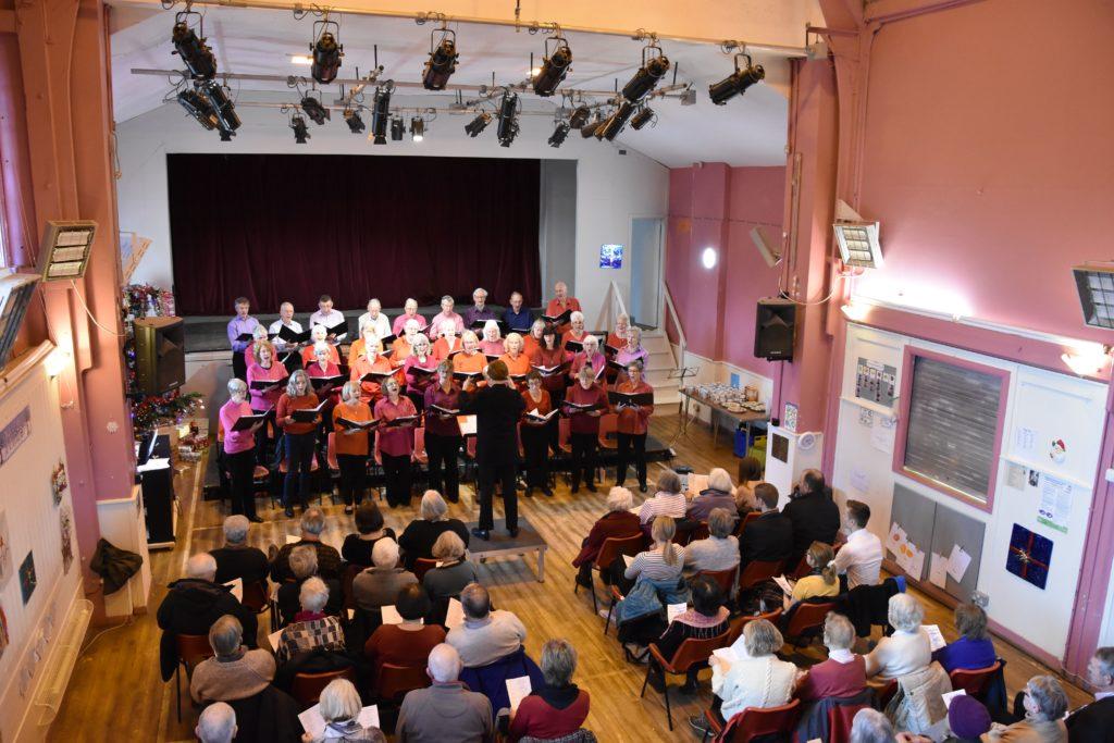Singers in fine festive voice