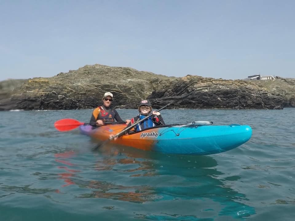 Family kayak around Arran in memory of loved Ninni